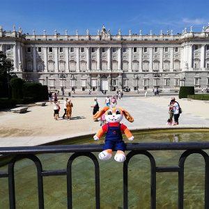 Cucho en el Palacio Real - Chana y Cucho